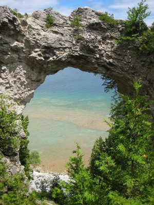 Then we stopped at the famous Arch Rock which frames the colorful shallow water near the shore.