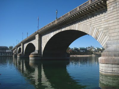 For the past week the WINs have been in Lake Havasu City, most famous as the site of the London Bridge. The bridge was purchased by developer Robert McCulloch in 1968 for $2,460,000. It took three years and another $4,500,000 to transport and reassemble the bridge. Sounds crazy, right? But by bringing in this impressive bridge, not to mention digging a channel to run under it, Mr. McCulloch kicked his developing plans into high gear. The tiny town he created in the Arizona desert is now a thriving metropolis.